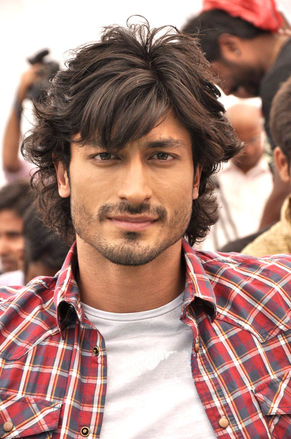 33 Unknown Facts You Don't Know About Vidyut Jammwal – Hindi